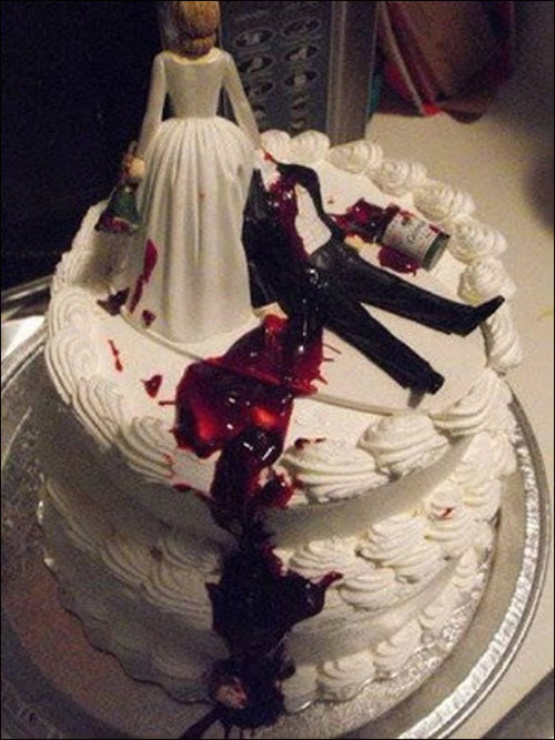 Bride beheads groom bloody divorce cake | riotdaily.com