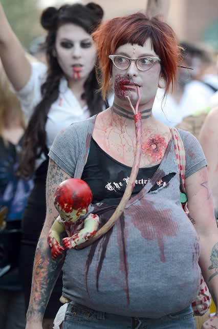 11 Awesome Pregnant Zombies Riot Daily