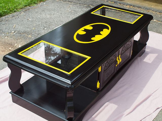 batman-coffee-table1