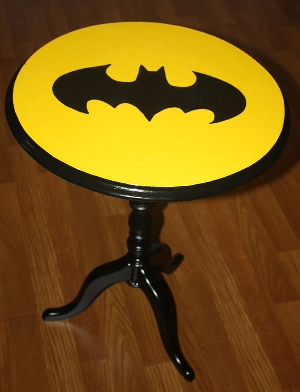 batman-sidetable