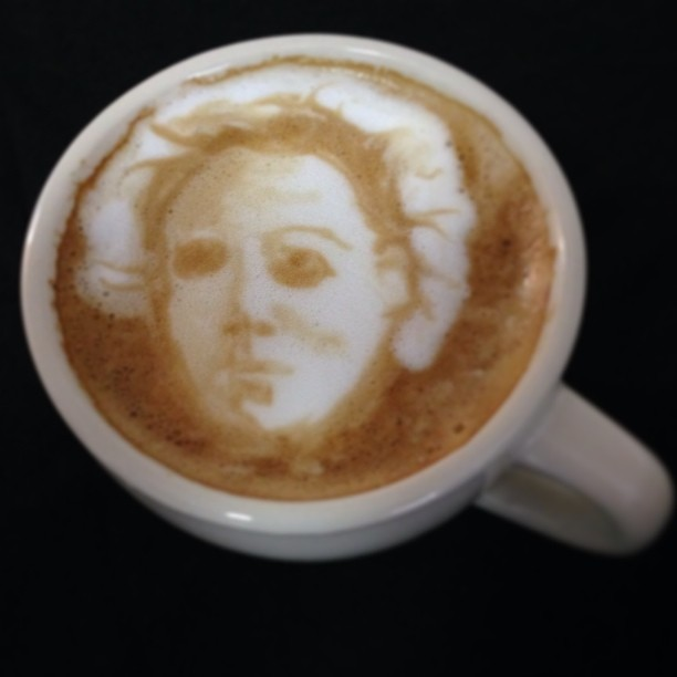 michael-myers-halloween-latte-riotdaily