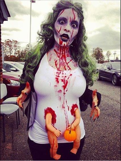 pregnant_zombie1
