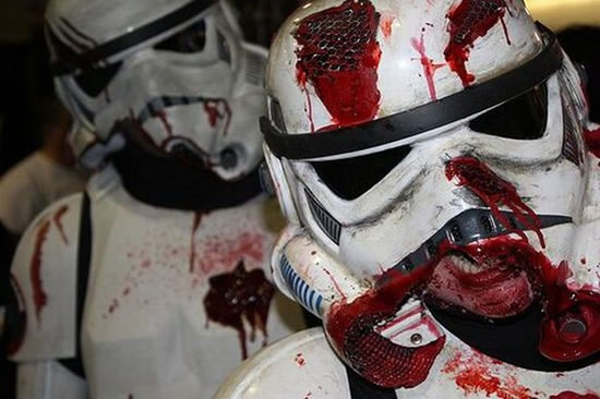 star_wars_zombies_cosplay-stormtrooper