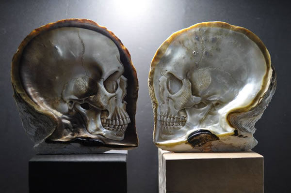 mother-of-pearl-skull